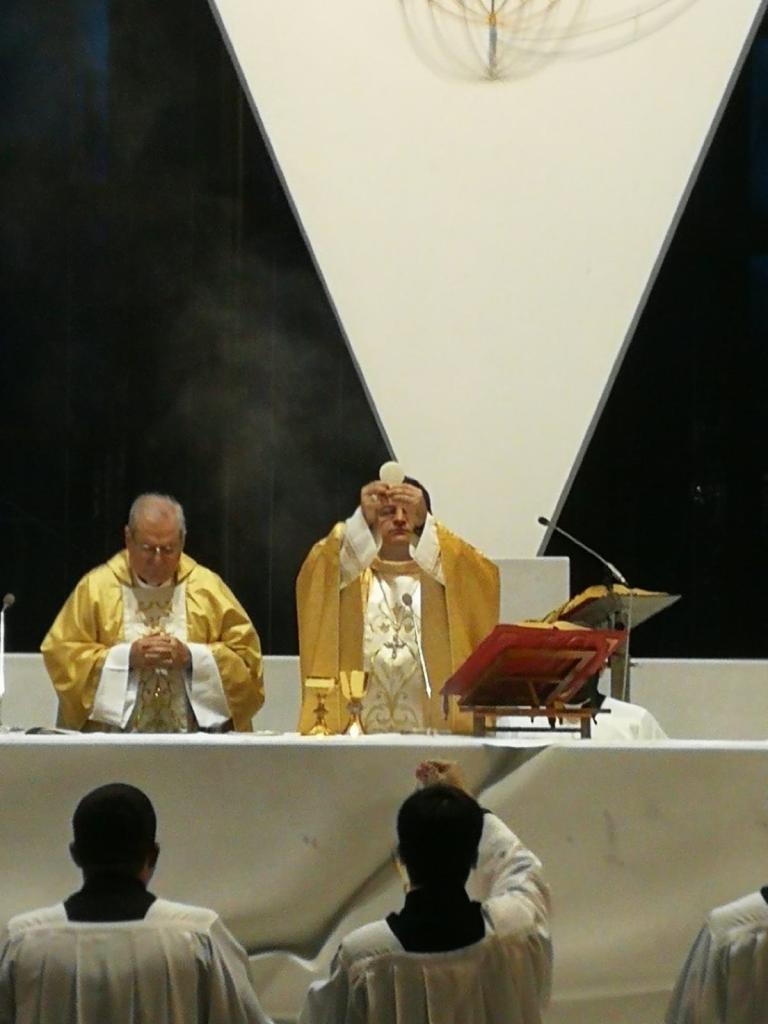 Celebrazione eucaristica 10